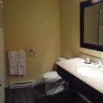 King Room Bathroom